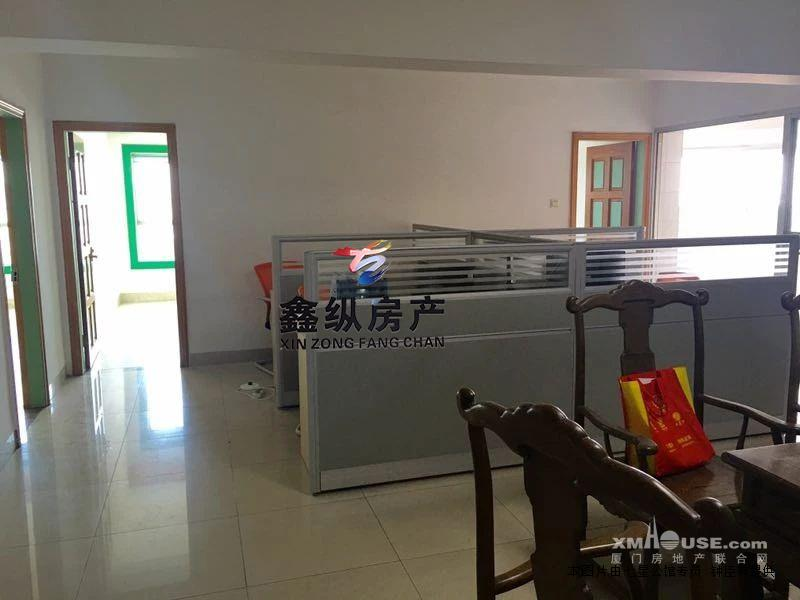 滨北市政府旁 中信惠扬2房2厅办公 租5800块配套家具齐全