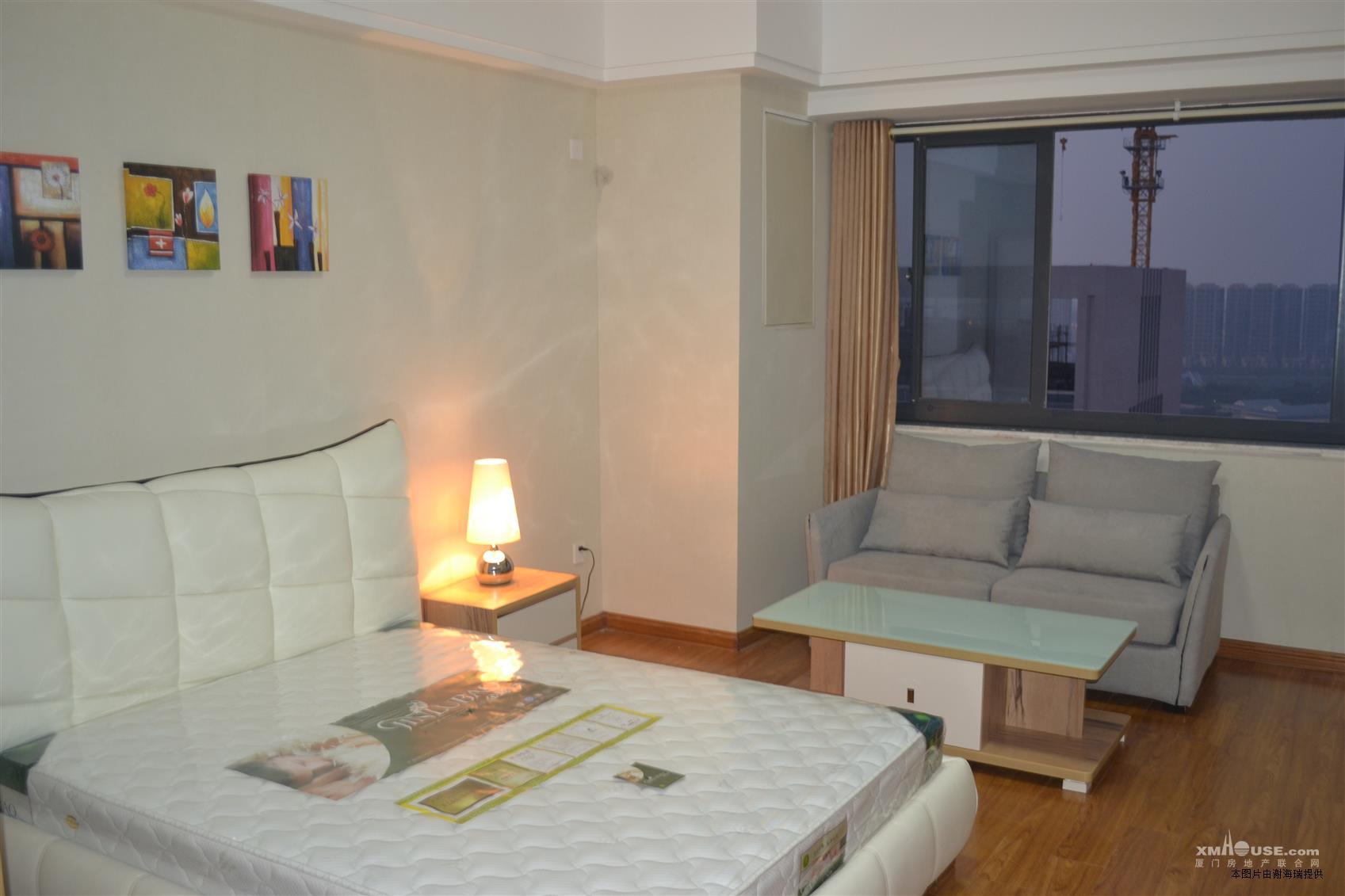 湖里万达soho公寓,精装修,高层看海,79万!