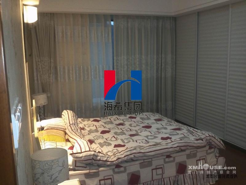 62平方米/户),二房一厅94户(92.2平方米/户),三房二厅282户(106.