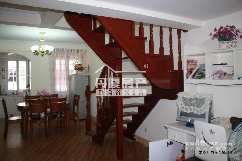 海沧区瑞鑫欧式风格装修楼中楼两房