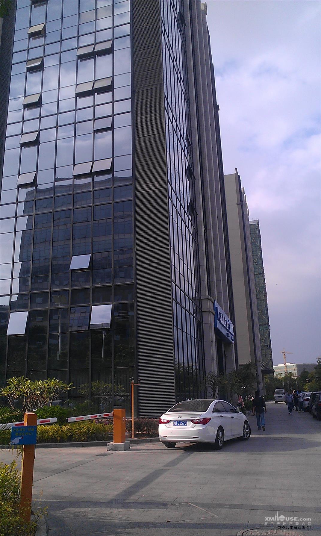 高新技术园,1200平,毛坯,商业,写字楼,急租