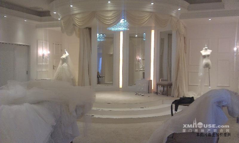证房 万达超美装修婚纱摄影店转让,适合开美容spa高清图片