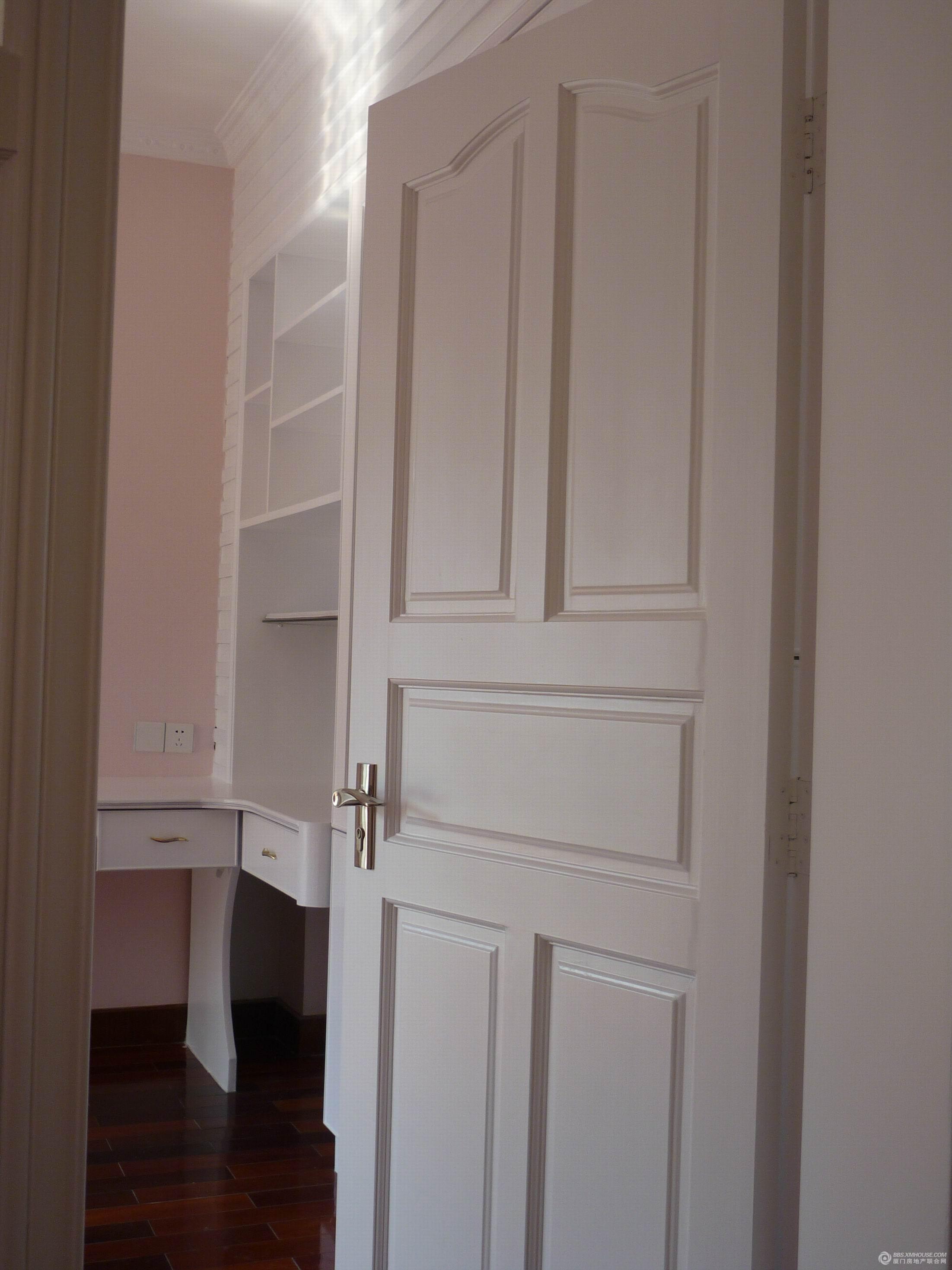 家居房门装修图片大全