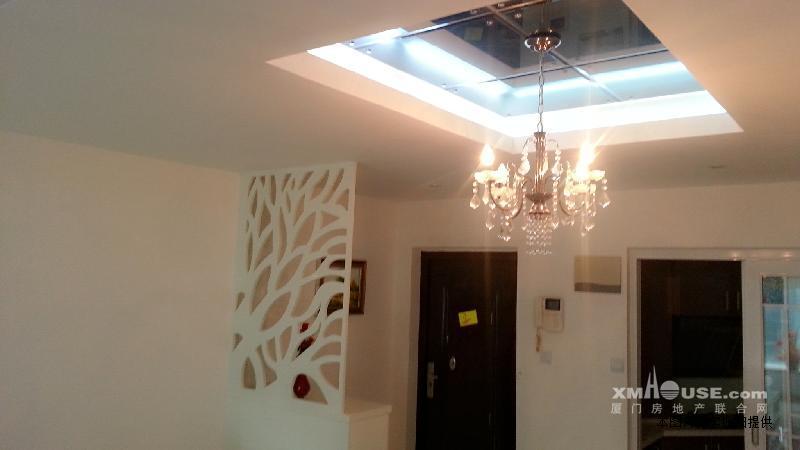 欧式时尚装修 大两房 家具齐全省优物业