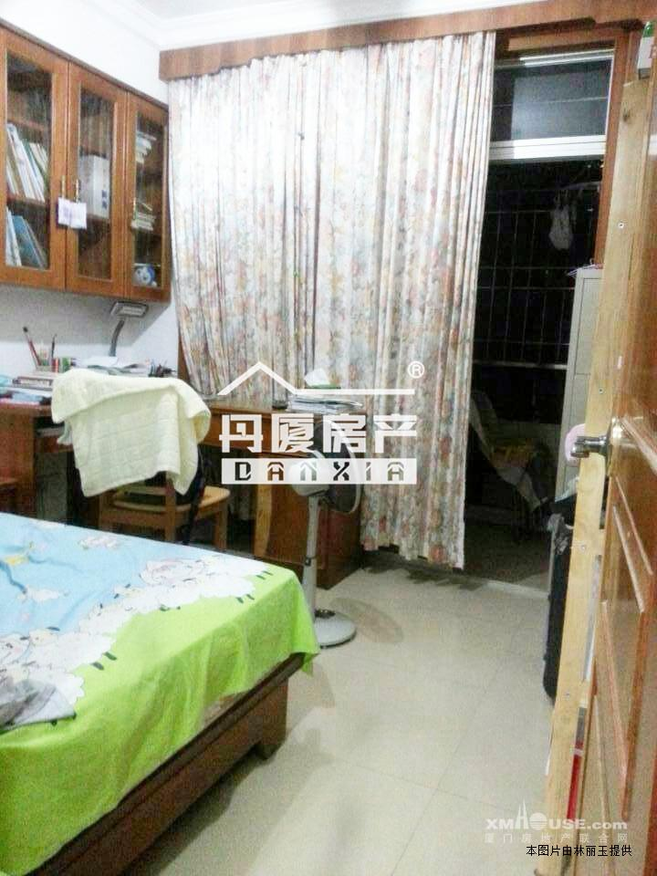 房屋装修效 果图简约卧室   3室1厅1卫168万元】乐瑰园三房