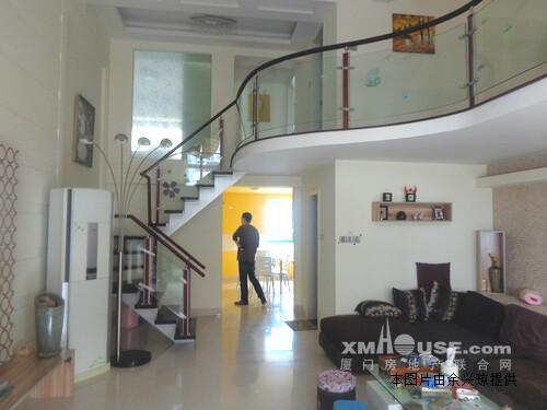 原昌商业中心《精装楼中楼》电梯 花园小区《使用120平》首付仅80万