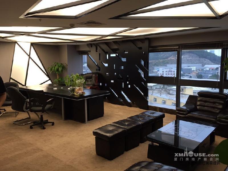 写字楼办公室外面风景图片