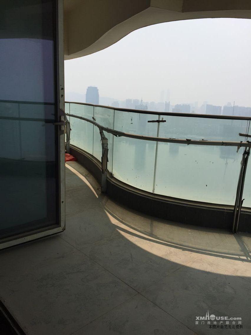 360度环绕滨北海湾公园 国际广场 大四房出售