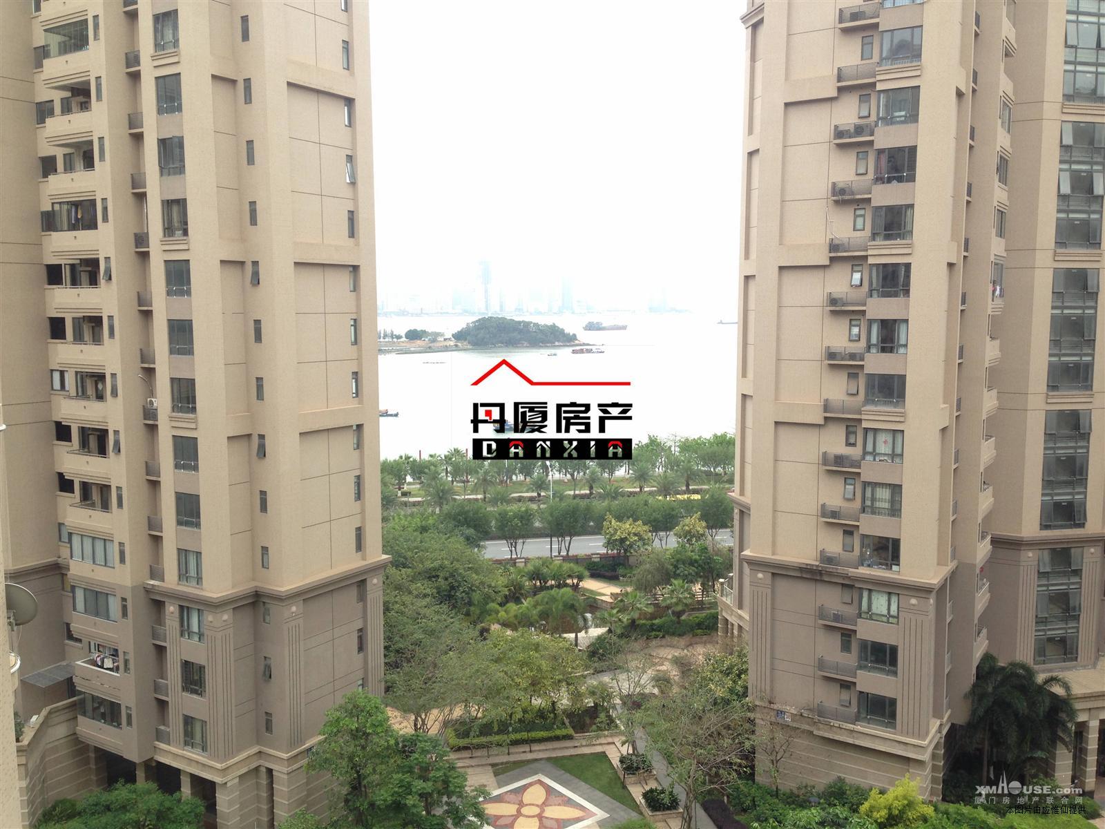 中骏·蓝湾半岛