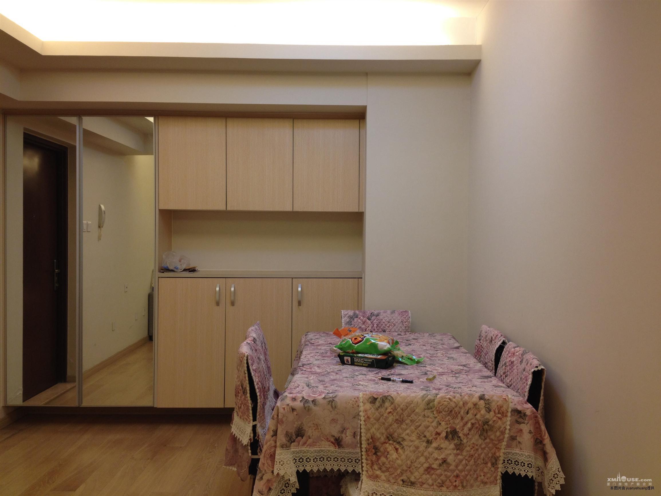 全新房子,精装修,全新家具家电按照自住标准配置.