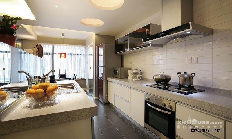 卧室3客厅1餐厅1厨房1明厨洗手间2明卫1阳台格局合理得房率高可以看图片