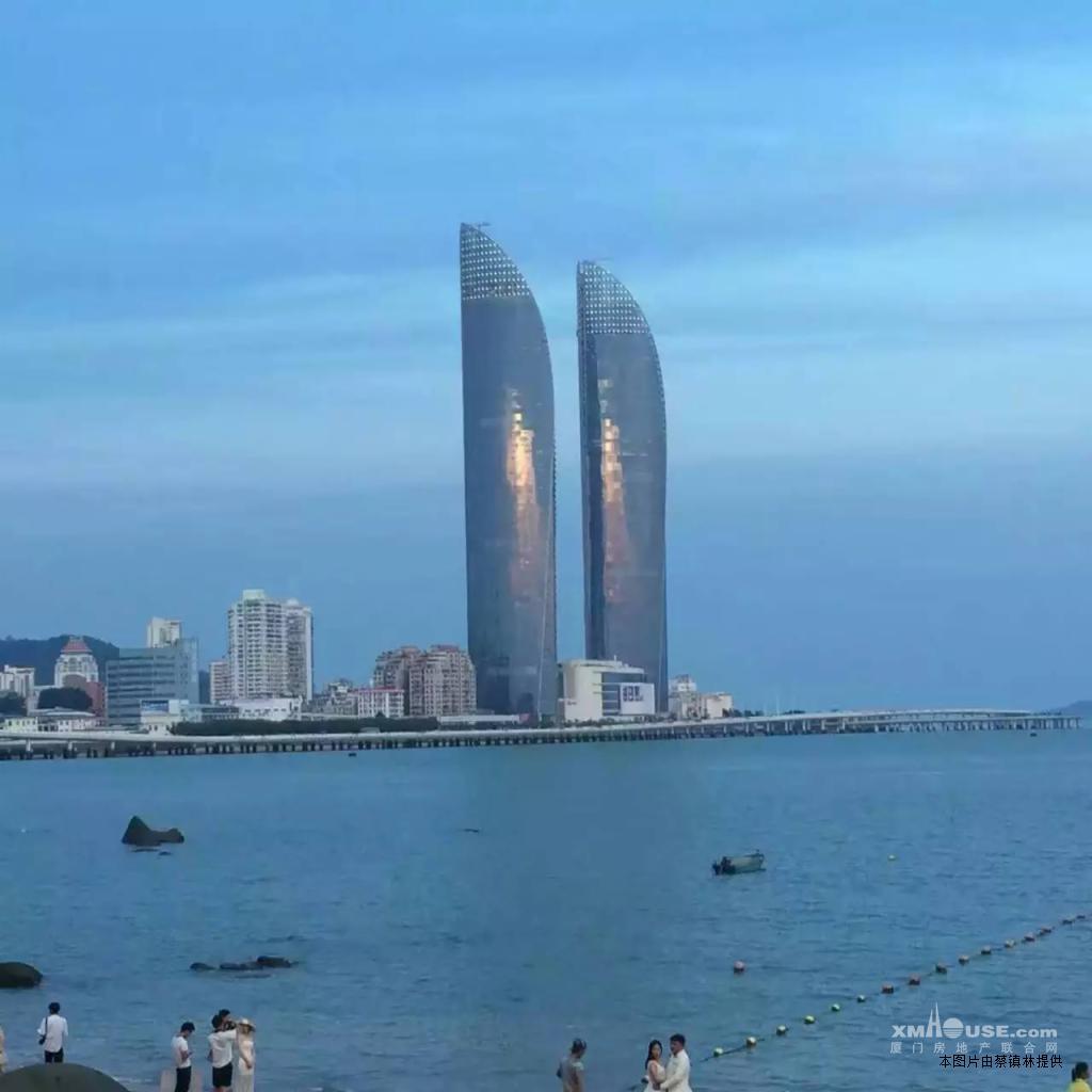 思明演武路世贸海峡大厦双子塔300m招租100元