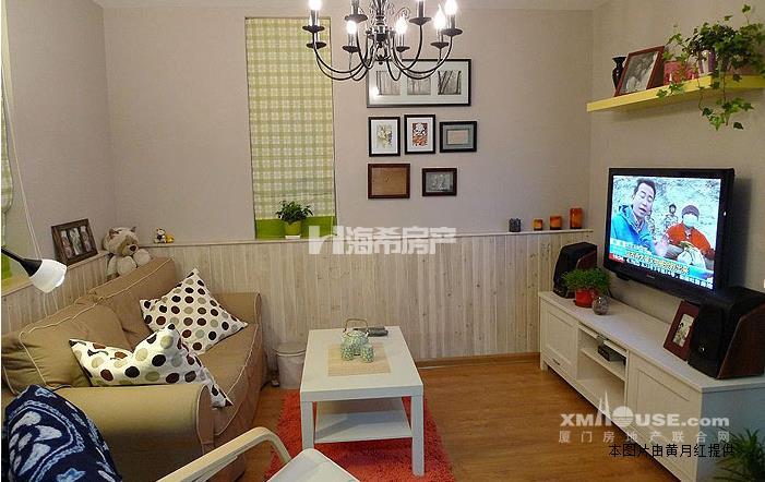 设备齐全:  空调,冰箱,热水器,洗衣机,电视机.独立卫生间,厨房 4.